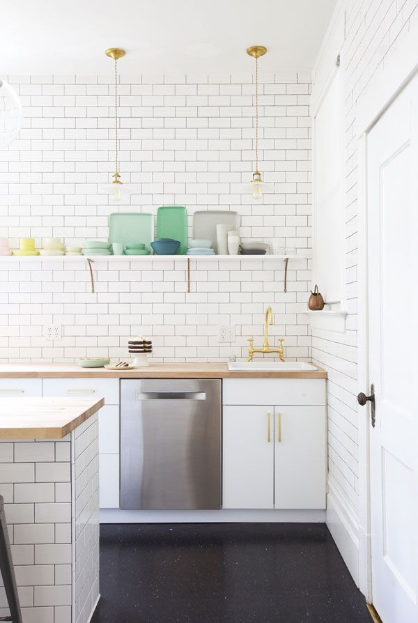 Kitchen Makeover | Oh Happy Day! / Apartment pendant + hardware by schoolhouse electric