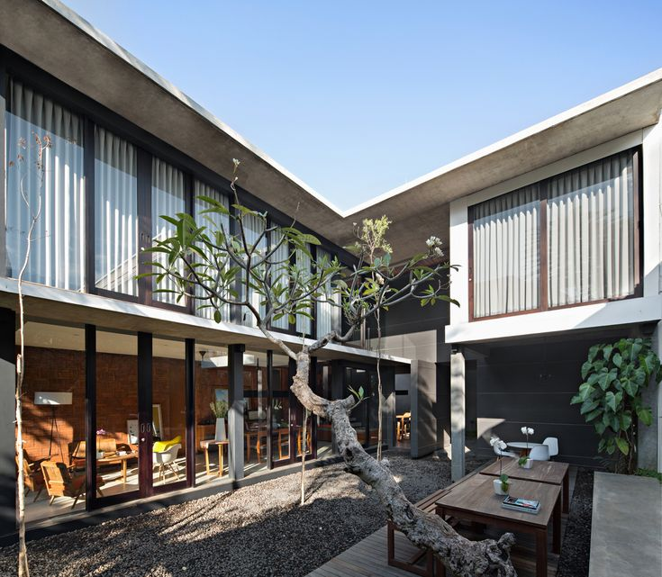 Gallery of Sujiva Living / Somia Design Studio - 1
