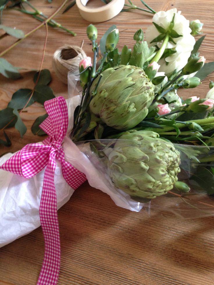 Alcachofas por San Valentín!! http://riceworldwide.com/alcachofas-san-valentin/
