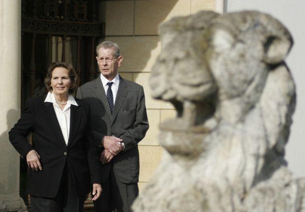 MM.LL. Regele si Regina