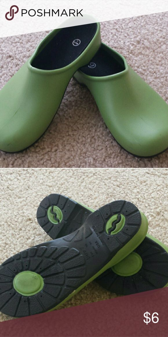 Green rubber clogs Perfect for schlepping around your garden!  Size 7 US, 38 EUR. I wear a 7.5 and they fit me. Made in USA Shoes Mules & Clogs