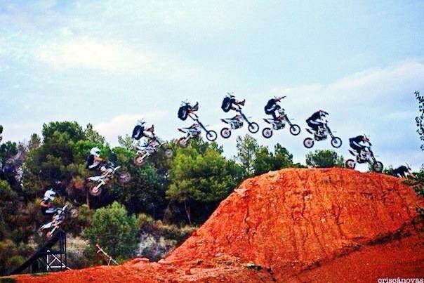 BRAAAAAAP💥💥🔥 #pitbike #kankafmx #ride #backflip #ycfriding #ycf #ycffamily #etnies #bullpark13 #bullpark13barcelona #latinamerica #latinamericaexperience #freestyle #pitbikes #freestylepitbikeshows #riding #moto #jump #air #tattooboy #ink #lifestyle #extremsport #kankaextremsportsbcn  INSTAGRAM @kankafmx FACEBOOK page :  KANKA EXTREM SPORTS BCN