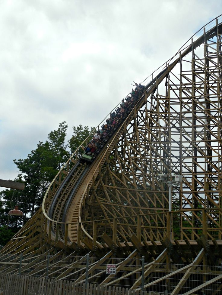 #sponsored If you love roller coasters, thrills and mystery, you've got to visit Kings Island to Ride Mystic Timbers - Christy's Cozy Corners