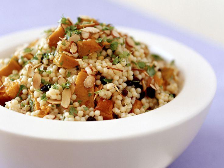 Couscousalat mit Kürbis | Zeit: 45 Min. | http://eatsmarter.de/rezepte/couscousalat-mit-kuerbis