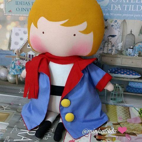 """""""Eis o meu segredo: é muito simples,às vezes, não precisamos de palavras, só do som que vem do coração! """" O Pequeno Príncipe ☎️PEDIDOS (81) 98824-4076 #pequenoprincipe #mãedemenino #tildatoy #tonefinnanger #presentepersonalizado #presenteexclusivo #feitocomamor #maternidade #newborn #festapequenoprincipe #bonecodepano #menino #príncipe #fofura  #chádebebê #decoração #doll #dolls #tildaworld #costurinhas #futuramamae"""