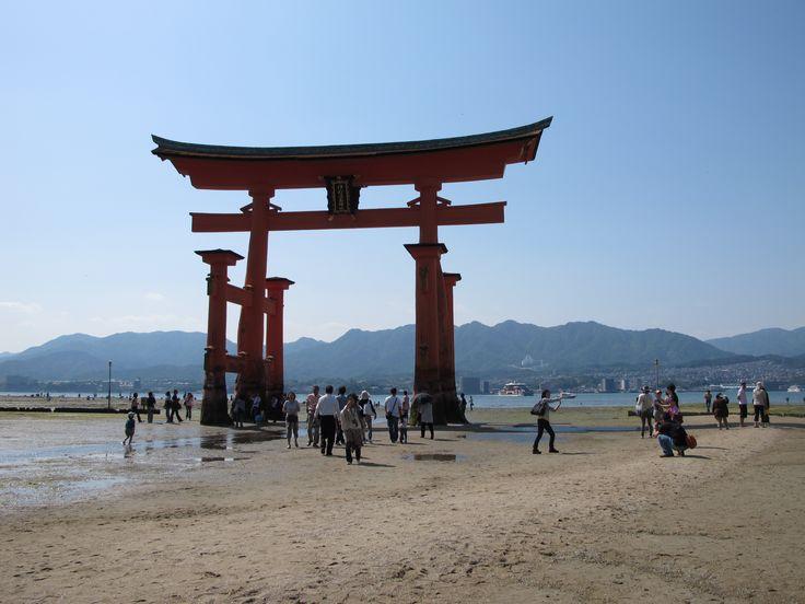 httpwall4allmewallsart designitsukushima - Minecraft Japanese Gate
