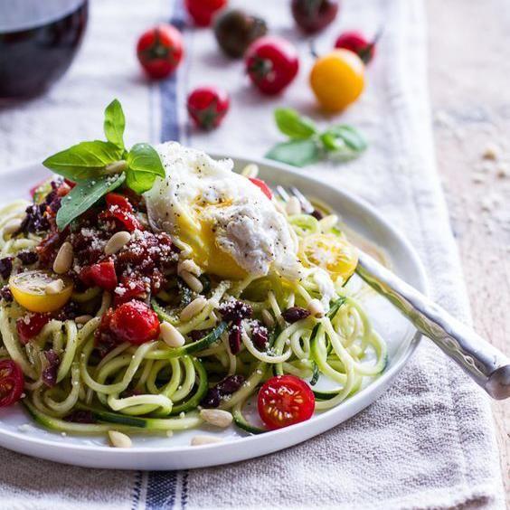 Spaghettis de légumes : betterave, panais, courgette, patate douce, découvrez des recettes à base de spaghettis de légumes....