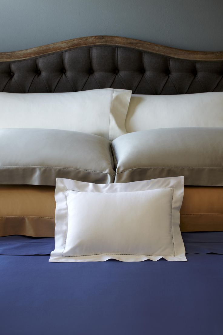 Fiona is our most affordable sateen bedding, and our pure Egyptian cotton threads are specially woven to give Fiona its smooth-almost silky-hand.