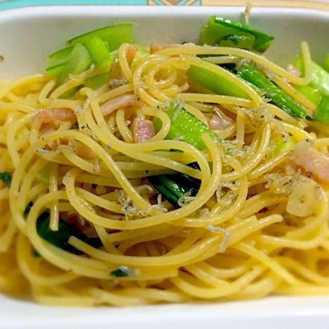 小松菜のシャキシャキとジャコのカリカリ❤️ - 17件のもぐもぐ - 小松菜とジャコのアーリオ.オーリオ by yukari32