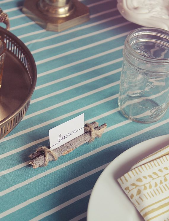 diy twig and twine place cards - make something larger for xmas cards?