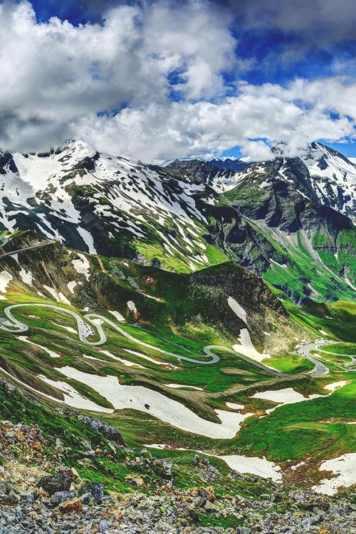 We wouldn't mind climbing those mountains :) Grossglockner, Austria   Arto Hakola - Re-pinned by #Europass