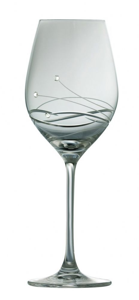 Galway Living Chic Wine Glasses Pair Featuring beautiful hand applied Swarovski crystal elements A set of wine glasses for those special occasions