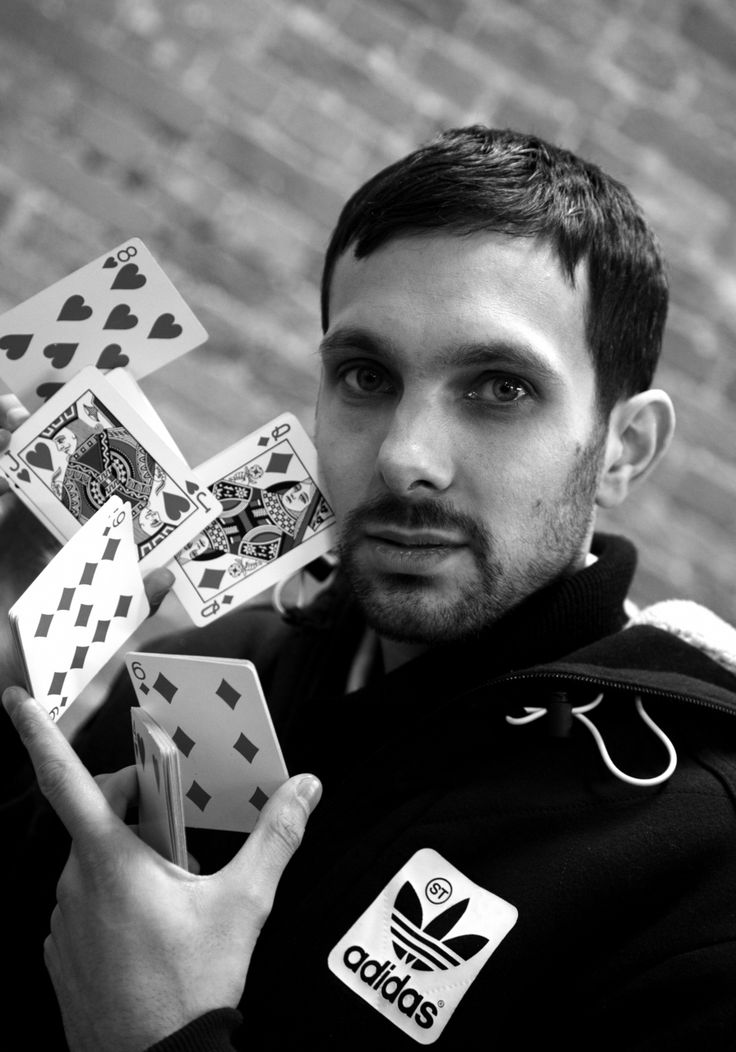 Dynamo Magician Impossible - the stuff he can do :o defying the laws of physics like a boss.