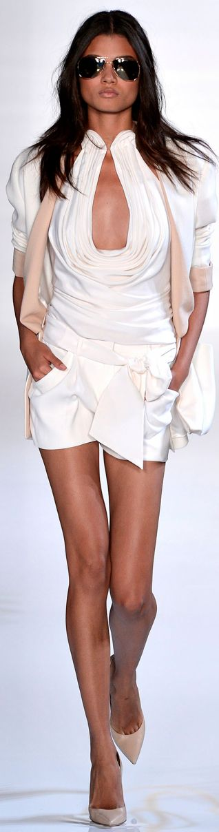 Fashion runway: white shirt + shorts + aviator glasses by Valentin Yudashkin. Love it!