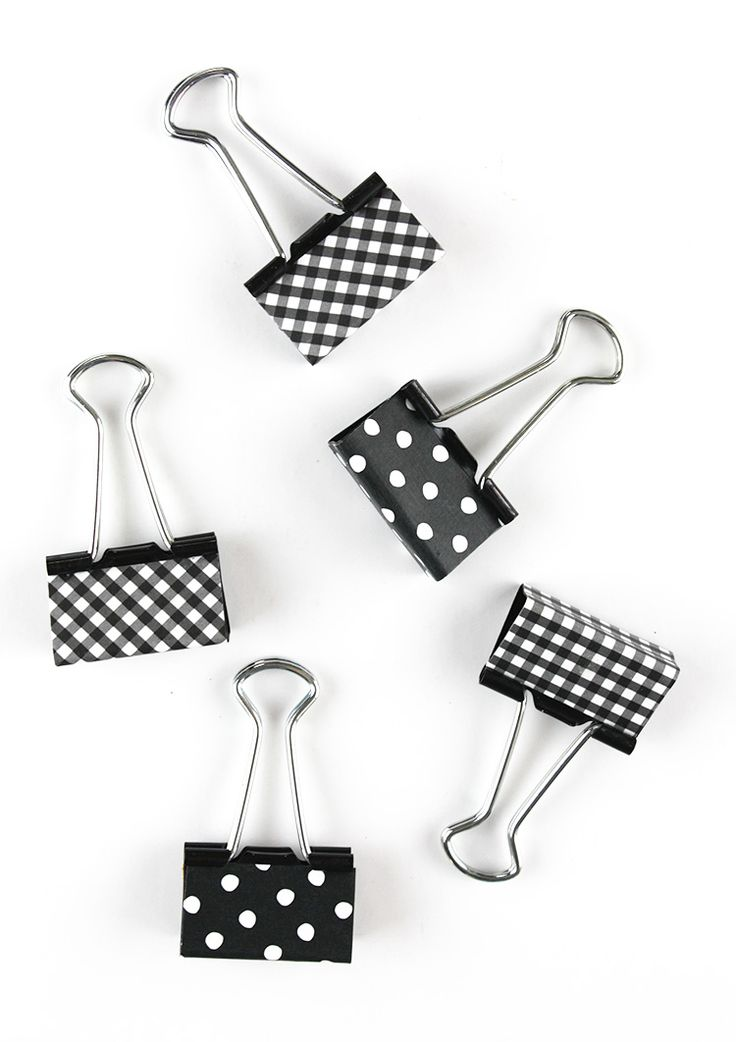 I love binder clips; andI love them even more if they're decked out withcute patterns or glitter.I use these little guys all the time; especially now that I'm turning my organizing efforts to my scary desk drawers.Today's Friday Favorite post is a tutorial for these quick, easycovered binder clips. Here's what you'll need: Binder clips Read More