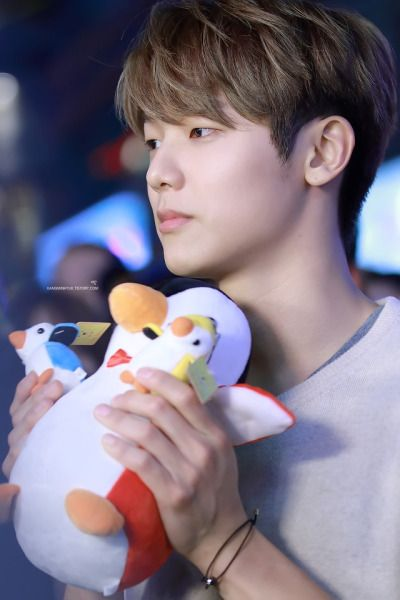 Wish I can be the stuff toy!!!