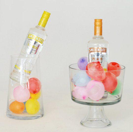 Globos de agua congelados para enfriar botellas