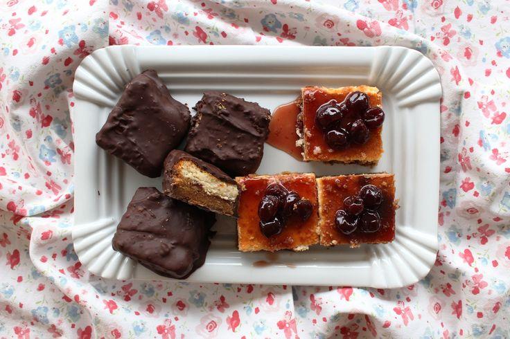 Μπουκίτσες cheesecake με αγριοβύσσινο Πηλίου