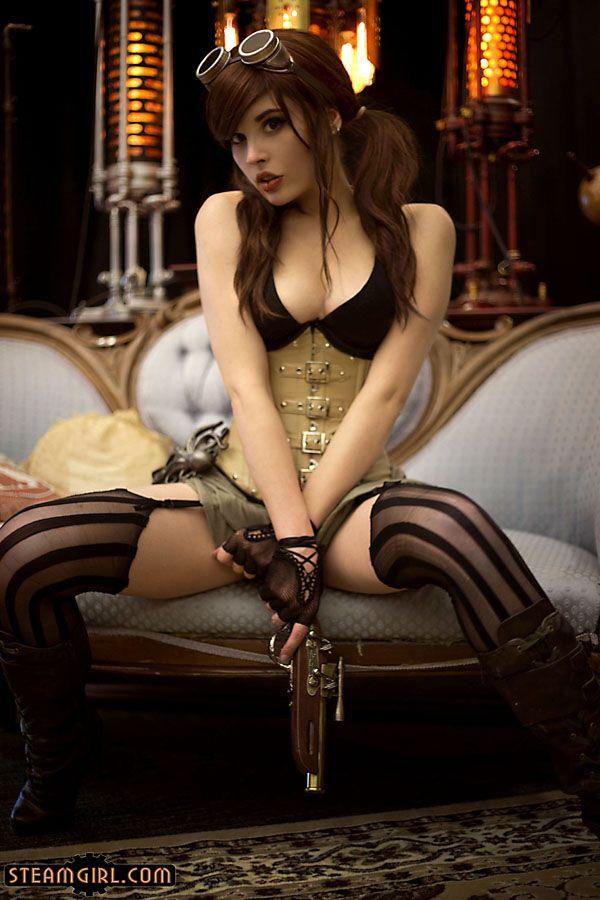 sexy-steampunk-xxx-diddylicious-sucking-cock