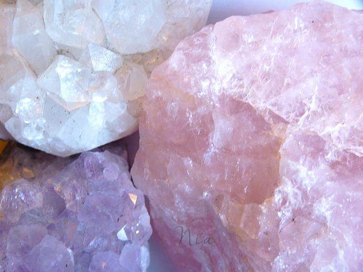 Amethyst, rose quartz and apophyllite stones. #nia #stones #minerals