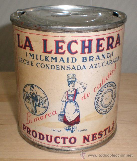 """Llet condensada """"La Lechera"""" La preniem a casa els avis. Es feia dos forats a la tapa i perquè surtis per un, s'havia de bufar per l'altre."""
