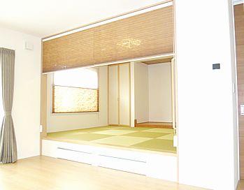 和風モダンスタイル・・・小上がり畳に収納スペースのある家。長野県の住宅建築の実例:アイフルホーム須坂店|アイフルホーム ナビ