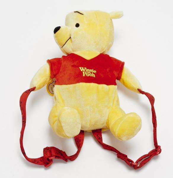Mochila peluche Winnie The Pooh Mochila peluche del simpático Winnie The Pooh.