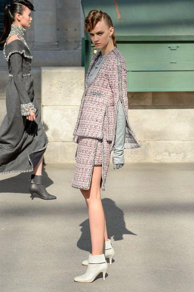 5010a6e75b79 Chanel коллекция   Коллекции осень-зима 2018 2019   Париж   VOGUE