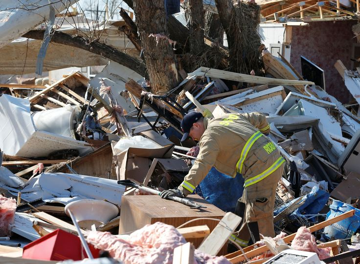 Tornadoes slam Oklahoma