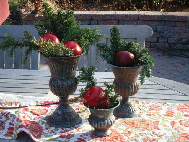 19 Best Images About Christmas Urns On Pinterest