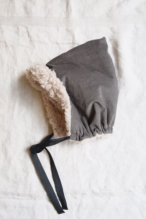 makié corduroy bonnet.