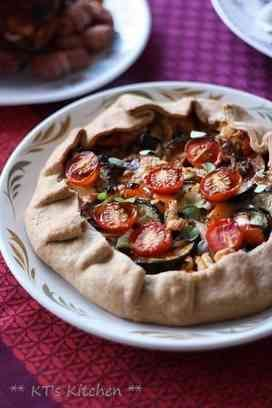 ハーブロースト野菜とフェタのガレット おもてなしにも。ベジタリアン(乳製品使用)。