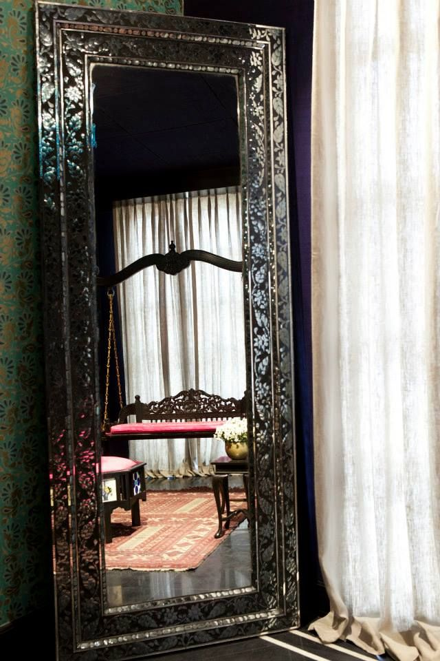 #AnitaDongre #Bridal #Heaven #Interiors #Luxury #Store #WeddingInspiration #Jaipur #Inspired #Mirror