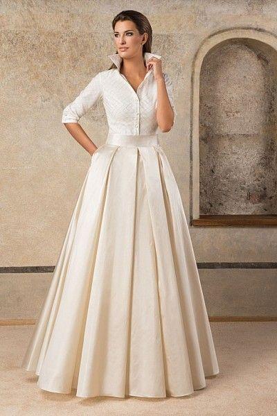 Elegancka i nowoczesna ... #wedding dress #fashion #wedding #suknie ślubne