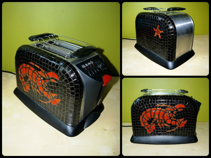 Brandnew toaster with colorful handmade glass mosaics decoration. An unique accessory for the kitchen. The  mosaic decoration is very durable, doesn't effect the proper working of the toaster.