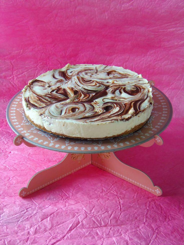 TücsökBogár konyhája: Csokoládés joghurttorta (sütés nélkül)