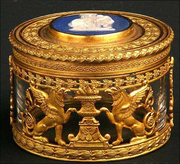 Cajita de cristal y bronce. Antigua. Francia