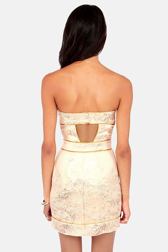 Gentle Fawn Twinkle Strapless Gold Brocade Dress at LuLus.com! ~ I love the ribbing on this dress (best seen in this pic of the back, but the front is gorgeous too!) #lulus #holidaywear $101.00