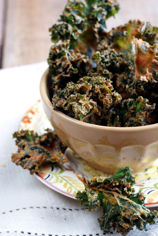 Candida Diet, Vegan, Gluten-Free Kale Chips Recipe on RickiHeller.com