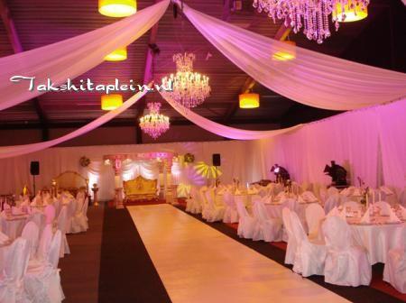 25 beste idee n over trouwzaal decoraties op pinterest trouwzalen bruidsboeketten en herfst - Decoratie van toiletten ...