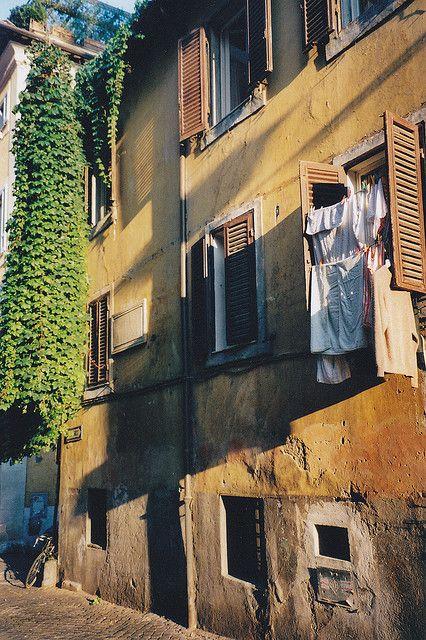 Roma, Rione Monti, via Baccina
