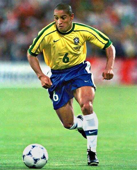 "Roberto Carlos has been described as the ""most offensive-minded left back in the history of the game"". He was nicknamed el hombre bala (""the bullet man"") due to his powerful free kicks, which have been measured at over 105 miles per hour (169 km/h)."