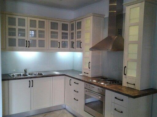 Balsa kitchen with shaker doors. www.obsidointeriors.co.za