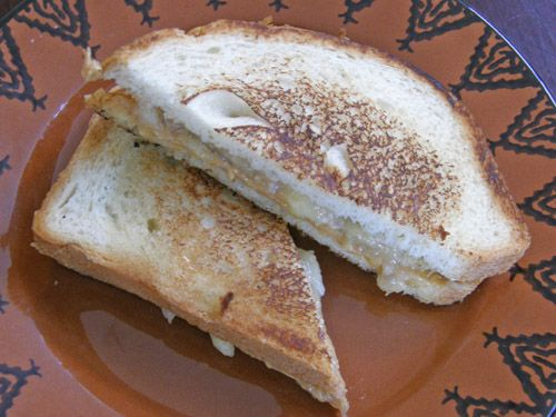 【レシピ】エルビス・プレスリーが愛したサンドイッチを作ってみた!これが本当に美味しかった