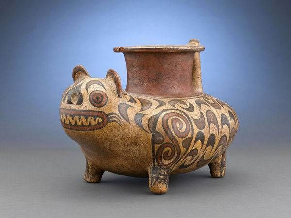 Pre-Columbian Pottery,Central America used animal symbolism in their pottery, such as this Veraguas Feline Figure,(M. Rau Antiques, New © Wildfire Media. All Rights Reserved. Ceramic Animals, Ceramic Art, Colombian Art, Aztec Culture, Inka, Animal Symbolism, Native American Pottery, Indigenous Art, Ancient Artifacts