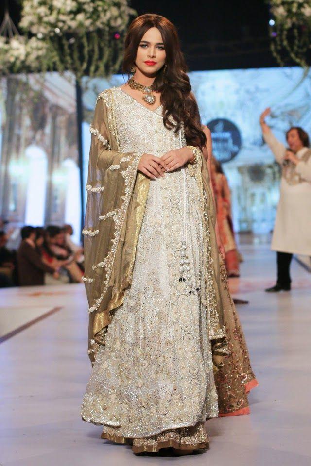 Moda: Rani Emaan colección nupcial en Pantene Bridal Couture de 2014
