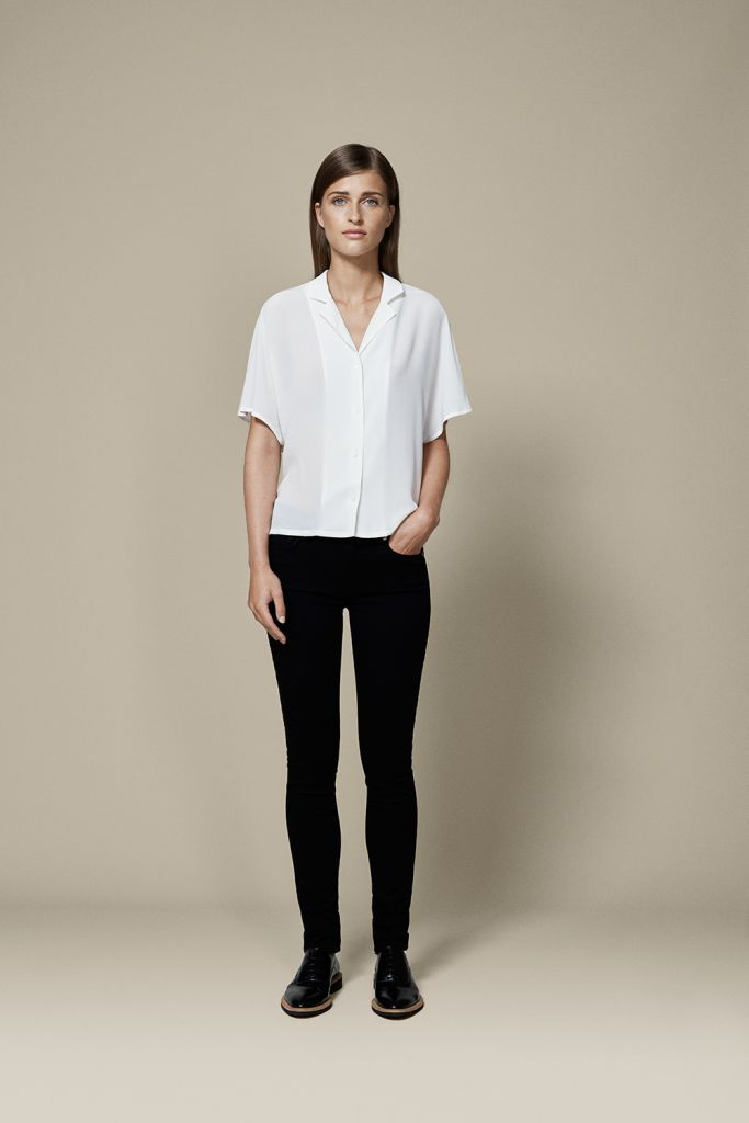 DO BOWLER SHIRTS  Bowler shirts have made a huge splash in menswear as of late and we ladies are taking the cue. This menswear inspired top will be the shirt of the season and can easily stand alone with a pair of jeans for a look that screams summer easy.