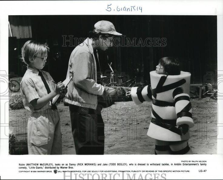 Cool Amazing 1995 Press Photo Little Giants movie-Matthew McCurley, Rick Moranis, Todd Bosley 2017 2018 Check more at http://24myshop.cf/fashion-style/amazing-1995-press-photo-little-giants-movie-matthew-mccurley-rick-moranis-todd-bosley-2017-2018/