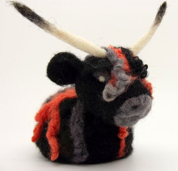 SALE Highland cow ornament 25% off Needlefelt Felted