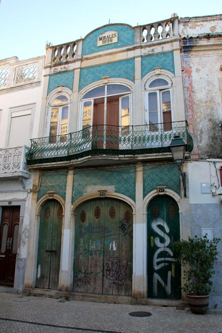 Casa antigua, Olhao, Algarve Credits : Lolo